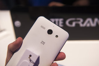hands on zte grand s ii is bigger bolder and more powerful than original image 7