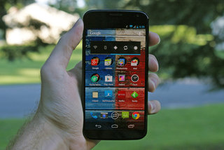 Moto X coming to the UK 1 February, but no Moto Maker yet (video)