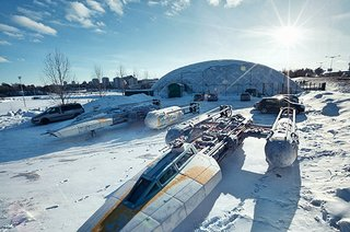 these star wars photos look real but they re actually just life like images of toys image 2