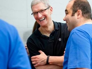 Apple CEO Tim Cook jokes about iRing in interview with ABC - Po