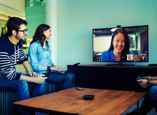 google chromebox for meetings bundle takes on video conferencing in us for 999 expect uk version soon image 2