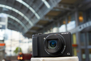 Sony announces compact Cyber-shots for every occasion: HX60V, WX350, WX220 and W800
