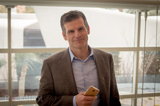 Motorola CEO Dennis Woodside leaves for Dropbox COO position (update)