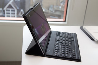 hands on sony xperia z2 tablet review image 16