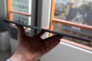 hands on sony xperia z2 tablet review image 4