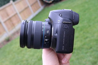 samsung nx30 review image 4