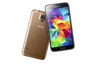 Samsung Galaxy S5 lands with 5.1-inch display, integrated fitness functions