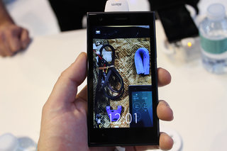 Jolla Sailfish OS pictures and hands-on