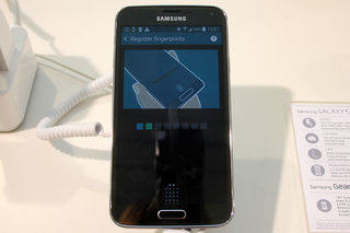 how does the samsung galaxy s5 fingerprint scanner work  image 8