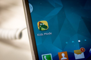 How has Samsung made the Samsung Galaxy S5 child friendly with Kids Mode?