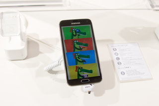 how has samsung made the samsung galaxy s5 child friendly with kids mode  image 11