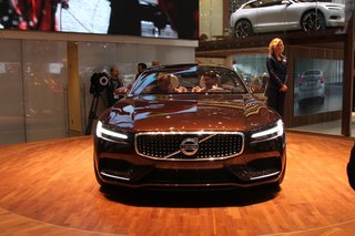 volvo concept estate pictures and hands on image 2