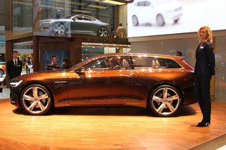 volvo concept estate pictures and hands on image 5