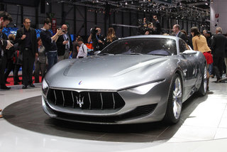 maserati alfieri concept pictures and hands on image 2