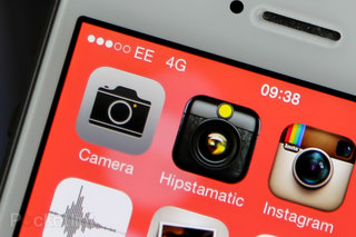 EE users travelling to France or Spain can stay on 4G, roaming