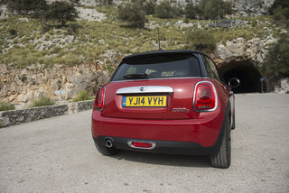 mini cooper d review 2014  image 4
