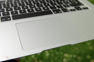 Apple planning slim 12-inch MacBook Air with buttonless trackpad?