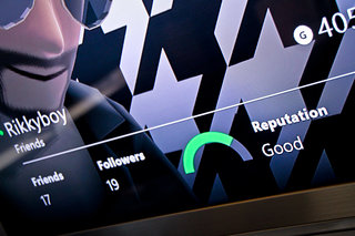 Microsoft will send you warnings if your Xbox One reputation falls, tell you to get your act together