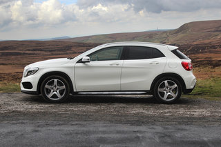 hands on mercedes gla review image 6