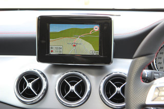 hands on mercedes gla review image 9