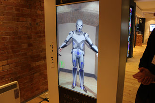 augmented reality changing room lets you try on clothes without stripping off image 4
