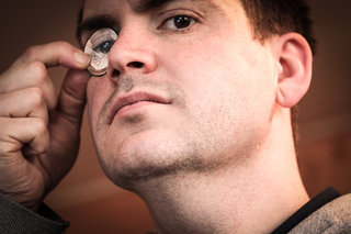 Google Glass Solo looks to cure 'glasshole' woes