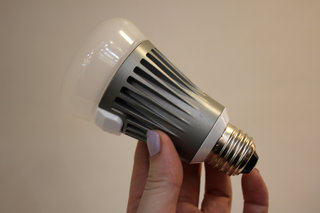 LG Smart Bulb pictures and hands-on