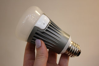 lg smart bulb pictures and hands on image 5