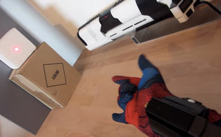Spider-Man web-shooter made by fan, really fires