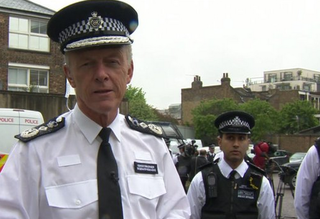Met Police in 10 London boroughs to trial body-worn cameras
