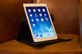 hands on logitech turnaround case for ipad air review image 8