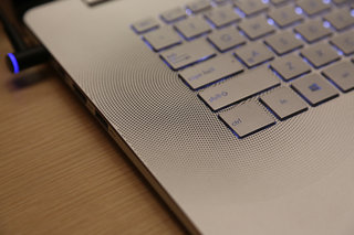 asus zenbook nx500 pictures and hands on image 4