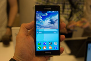hands on samsung z review image 1