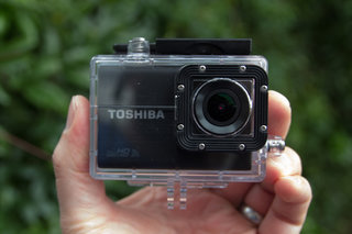 toshiba camileo x sports action camera review image 2
