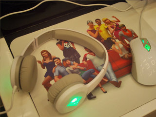 steelseries ios controller sentry eye tracker and sims 4 peripherals pictures and hands on image 9