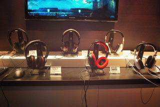 turtle beach ear force stealth 500x xbox one headset elite 800 ps4 headset and more pictures and hands on image 5