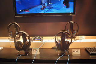 turtle beach ear force stealth 500x xbox one headset elite 800 ps4 headset and more pictures and hands on image 6