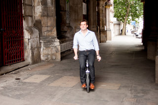 yike bike a folding electric bike that at 15mph is one crazy ride image 12