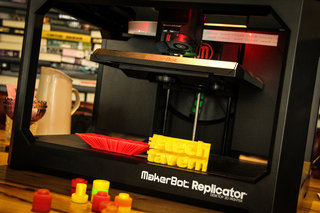 3d printing takes over the tech tavern having fun with makerbot replicator and replicator mini image 4