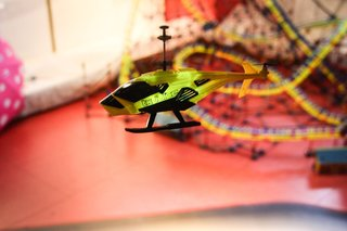 tx juice ai copter hands on with the rc helicopter that will last longer than christmas day image 4