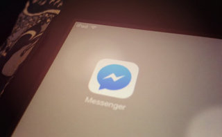 Facebook Messenger now lets you chat with friends on the iPad