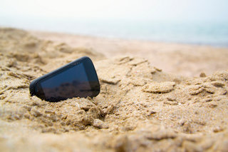 Get three times more battery life by using sand