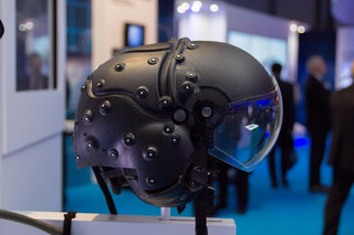 striker ii the helmet mounted display system coming to a warplane near you image 3