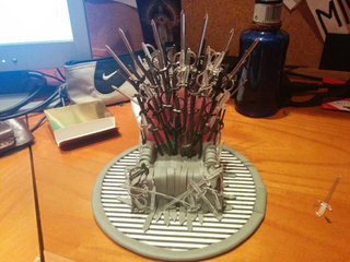 game of phones how to make this iron throne for your mobile image 6