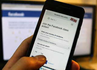 Facebook may pay you €500 for your data, if you take action now
