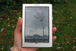 Sony is quitting the eReader biz worldwide, after losing out to Amazon Kindle