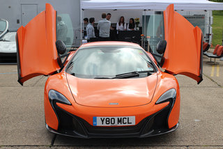 mclaren 650s first drive brit supercar contrasts comfort with savage performance image 2