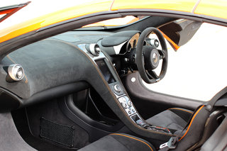 mclaren 650s first drive brit supercar contrasts comfort with savage performance image 3