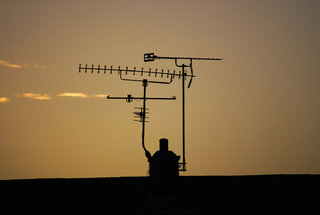 Ofcom reveals best mobile networks for call quality, EE tops the list