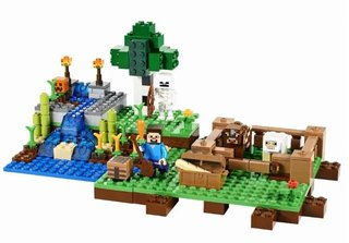 Lego Minecraft brings online bricks into the real world, full-sized